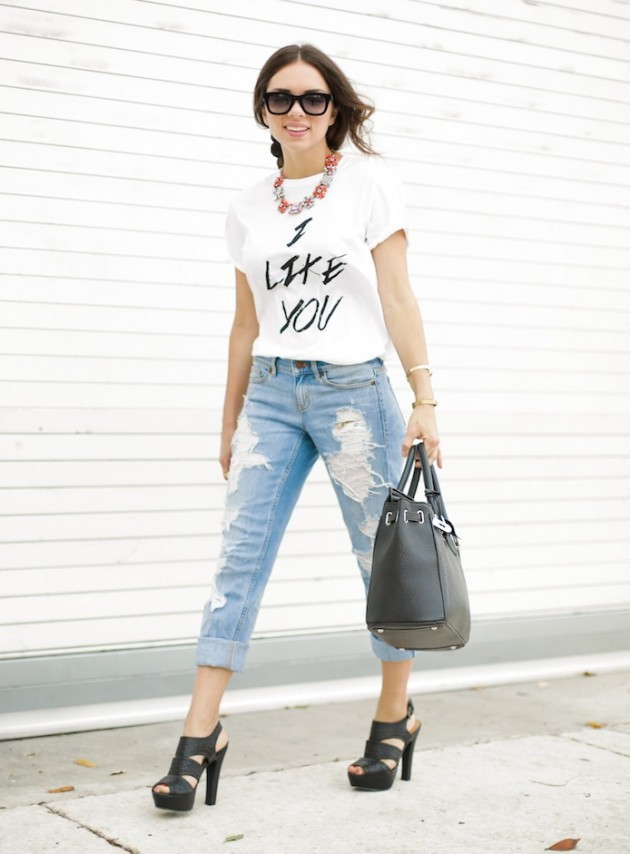 9 Trendy Outfit-Kombinationen mit Jeans im Used-Look